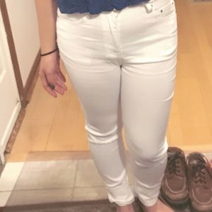 F21 ripped white skinny jeans